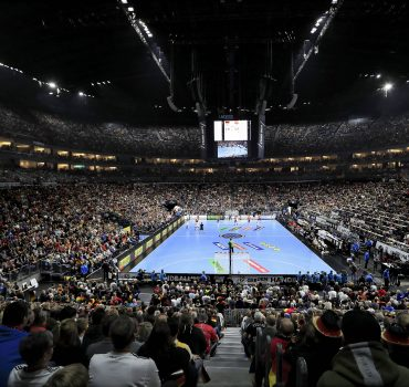 LANXESS ARENA Koeln Zuschauer Handball WM 2019 Hauptrunde Spiel Deutschland Spanien in Koeln in de