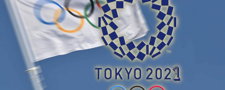 FOTOMONTAGE: Olympische Spiele sollen am 23.Juli 2021 eroeffnet werden. Archivfoto;Olympische Flagge,Olympiaringe,Fahne,